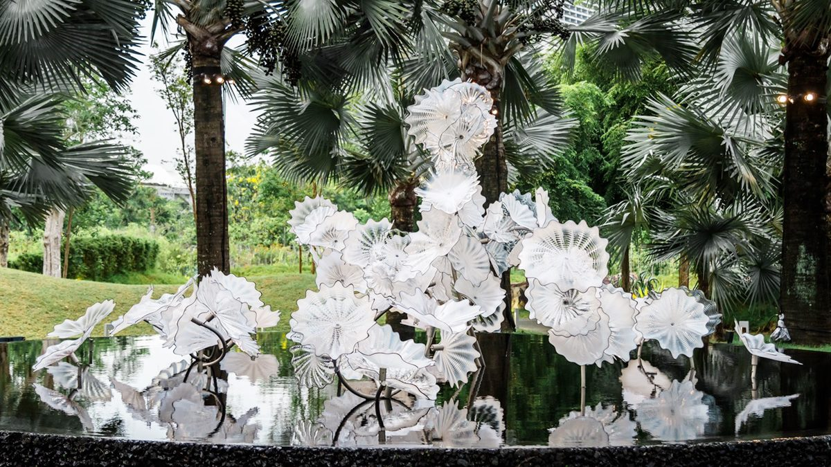 วิจิตรตระการตา ประติมากรรมเป่าแก้วระดับโลก ครั้งแรกในเอเชีย กับศิลปินชื่อดัง เดล ชิฮูลี