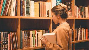 แนะนำหนังสือ 5 เล่มเด็ด ช่วยให้เข้าใจภาษาอังกฤษได้ง่ายขึ้น