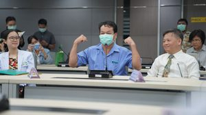แท็กซี่ไทยเปิดใจ หลังติดเชื้อไวรัสโคโรนา แต่ได้รับการรักษาจนหายดี