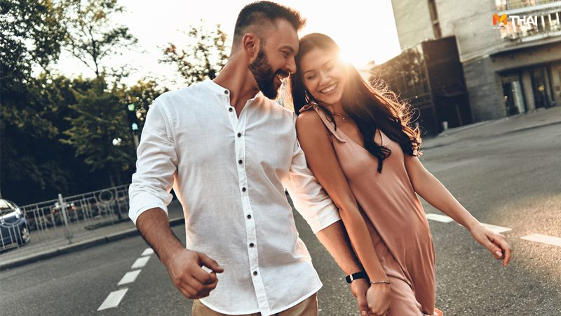 7 สิ่งที่คนรักแอบสังเกตเรา เวลาที่เริ่มต้น พัฒนาความสัมพันธ์