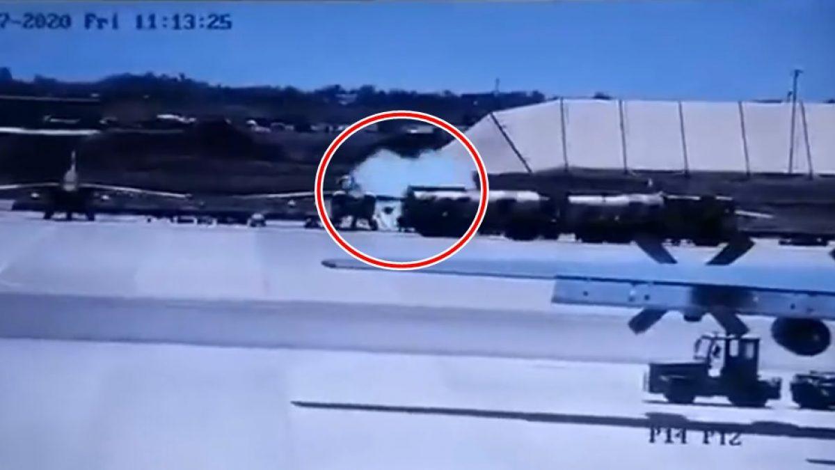 นาที เครื่องบิน Air Force Su-25 จรวดลั่นยิงใส่ รถบรรทุกน้ำมัน ดับ 4 ชีวิต