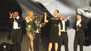 "Katy Perry ตะโกนลั่น ""รักนะคะขุ่นแม่!"" บอกเลิฟ Madonna"