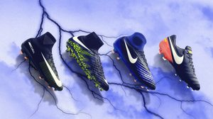 Nike เปิดตัวรองเท้าฟุตบอล DARK LIGHTNING PACK คอลเลคชั่นส่งท้ายปี 2016