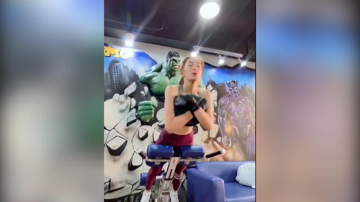 กอล์ฟ สุรัมภา นักแสดงสาวสวย รักการออกกำลังกายเป็นชีวิตจิตใจ