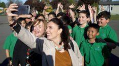 จากดีเจมาเป็นนายกฯ นิวซีแลนด์ เจซินดา อาร์เดิร์น ผู้กุมหัวใจคนทั่วโลก