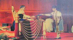 บัณฑิตจุฬาฯ คนสุดท้าย ที่ได้รับพระราชทานปริญญาบัตร จากพระหัตถ์ในหลวง ร.9