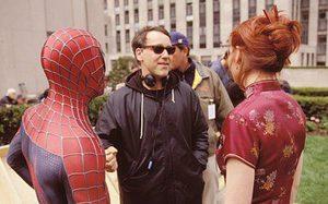 ในตอนแรก แซม ไรมี ผู้กำกับ Spider-Man ไม่พอใจที่จะให้ สแตน ลี มาคามีโอในหนัง
