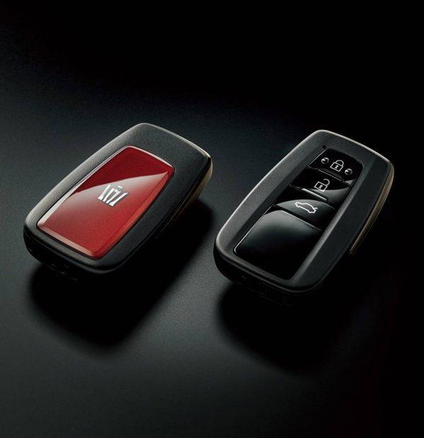 Toyota Crown Sport