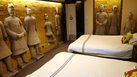 ที่พักสุสานจิ๋นซี ในจีน เปิดประสบการณ์ นอนกับทหารดินเผา