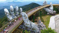 อลังการล้านแปด! สะพานมือหินยักษ์ปริศนา โผล่ตั้งตระหง่านบนเขาสูงในเวียดนาม