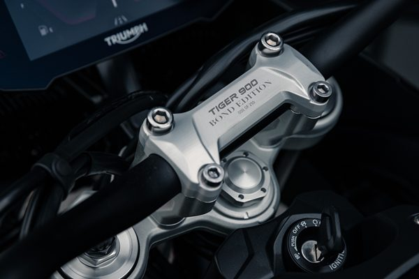 Triumph Tiger 900 Bond Edition