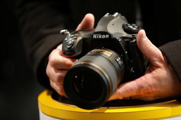 Nikon จ่อเปิดตัวกล้อง mirrorless แบบ full-frame รุ่นแรกพร้อมกัน 2 รุ่น