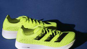 """อาดิดาส เผยโฉมสีใหม่ล่าสุด รองเท้าวิ่งจอมทุบสถิติโลก อาดิซีโร อาดิออส โปร """"ซันไรส์ บลิส"""""""