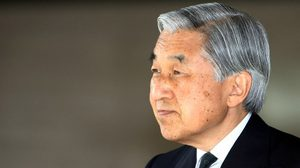 จักรพรรดิญี่ปุ่นเสด็จฯ เยือนไทยสักการะพระบรมศพในหลวงร. 9