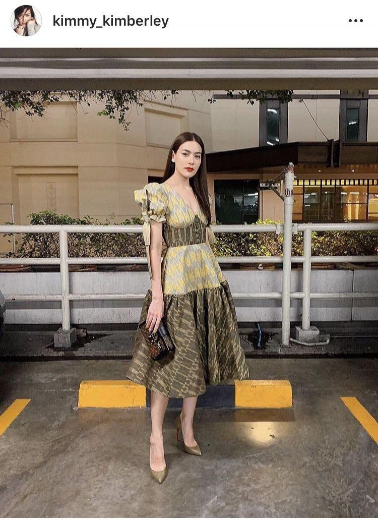 ิคิม คิมเบอร์ลี่ กับชุดผ้าไทยสวยปังมาก