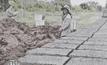 2 สามีภรรยาเมืองพะเยา สร้างบ้านดิน อยู่แบบศก.พอเพียง