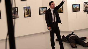 ส่งศพทูตกลับรัสเซีย ด้านตุรกีเร่งสอบคนใกล้ชิดมือยิง