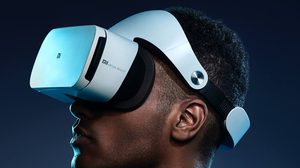 ถูกและดี!! Xiaomi Mi VR headset กับราคาเปิดตัวเพียง 1,050 บาทเท่านั้น