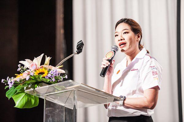 นางสาววีธรา ตระกูลบุญ กรรมการบริหาร ธุรกิจน้ำมันหล่อลื่น บริษัท เชลล์แห่งประเทศไทย จำกัด
