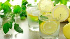 6 เหตุผลดีๆ ที่ควรดื่ม น้ำอุ่นผสมมะนาว ทุกเช้า