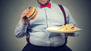 10 พฤติกรรมการกินที่ดี รับรองสุขภาพแข็งแรง ห่างไกลโรคอ้วนลงพุง!!