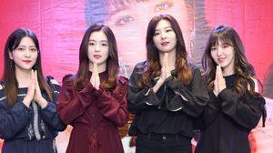ปรากฏการณ์เกิร์ลกรุ๊ป! แฟนคลับกรี๊ด Red Velvet เยือนไทยครั้งแรก