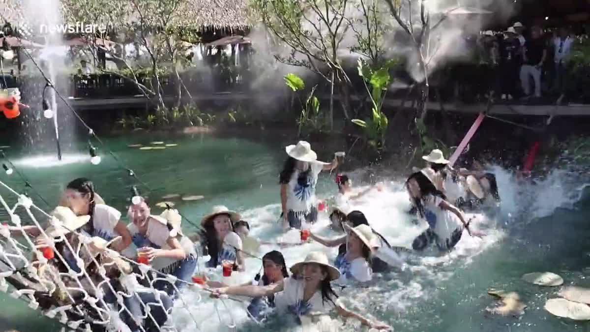 นาทีสะพานล่ม! สาวงามผู้เข้าประกวดนางสาวไทย 30 คนตกน้ำบาดเจ็บ 3 ราย