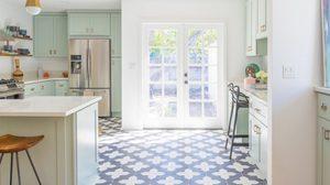 9 เฉดสีฟ้า-น้ำเงิน ตกแต่งห้องครัว ให้เบาความร้อน