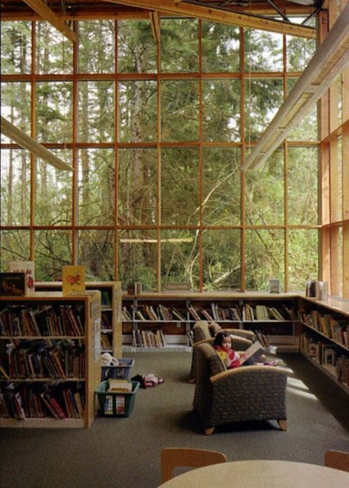 Reading books Perfect For When You Need To Escape This World (25)