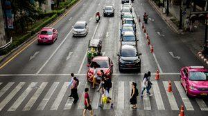 คมนาคม เล็งออกกฎคุมวินัยจราจรห้ามขับรถ 1 ปี หากถูกตัดแต้มครบ 100 คะแนน