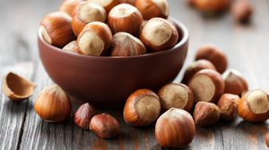 7 ประโยชน์ของเฮเซลนัท ช่วยลดระดับน้ำตาลในเลือด ต้านเบาหวาน!!