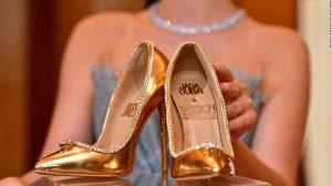 Passion Diamond รองเท้าส้นสูง ที่แพงที่สุดในโลก เพราะมีมูลค่าราวๆ 550 ล้านบาท!!