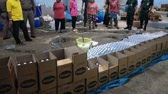 ทหารตำรวจบุกจับ โรงงานลักลอบผลิต น้ำปลา น้ำส้มสายชูปลอม