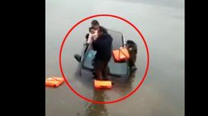 ระทึก!! นาทีโยนทารกช่วยชีวิต หลังคู่สามี-ภรรยาขับรถลงน้ำ