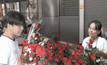 บรรยากาศขายดอกกุหลาบซบเซา