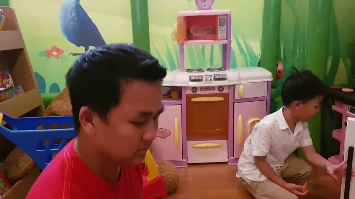 น้องเกรซน้องกายเปิดร้านอาหาร เจอลูกค้าสุดกวน _ Sofitel Krabi PhokeeThra