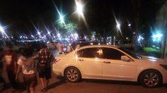 รุมอัด! ข้าราชการหนุ่มจอดรถขวางหน้าสำนักงานคืนลอยกระทง