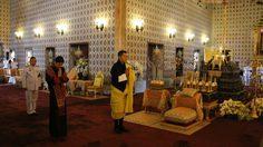 ภาพกษัตริย์จิกมี-พระราชินีแห่งภูฏาน ถวายราชสักการะพระบรมศพ