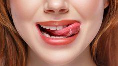 5 วิธีแก้ปัญหา ปากแห้ง ลอกเป็นขุย ให้กลับมาเนียนสวย ดูอวบอิ่ม