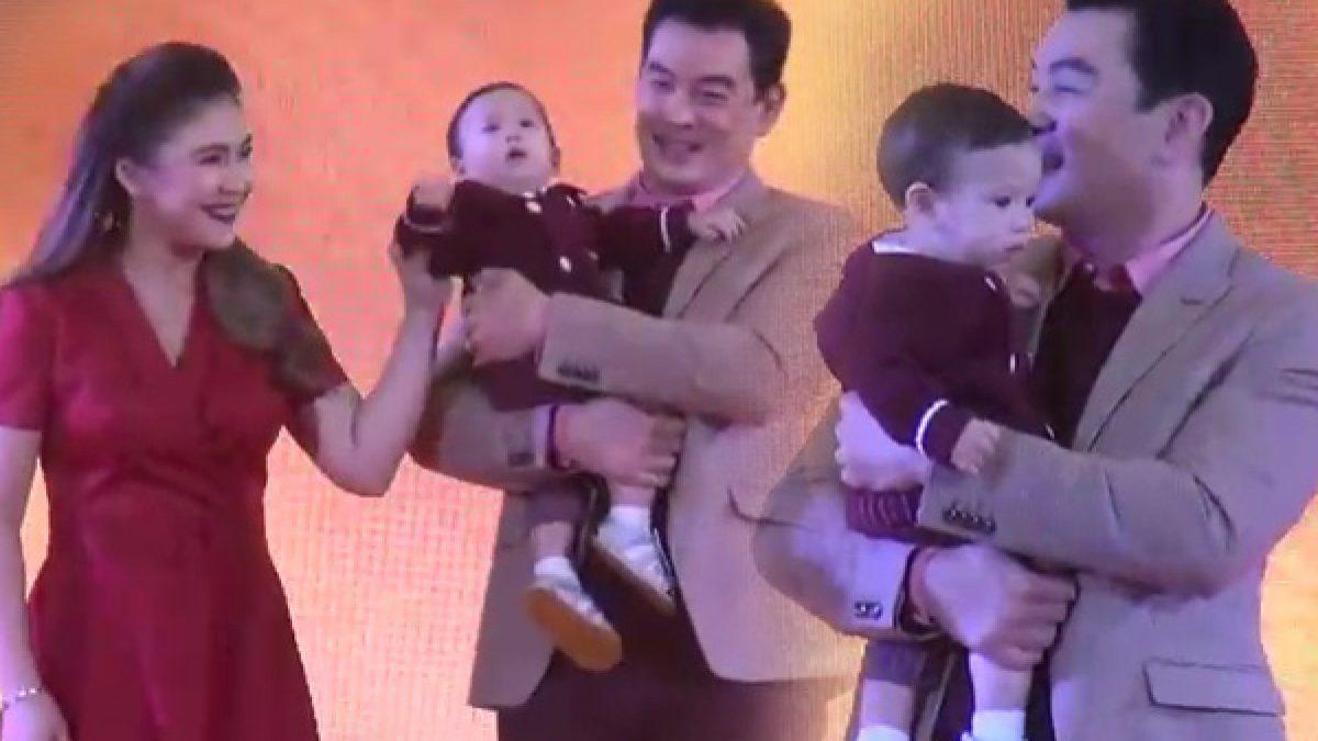 ชาคริต ควง เมีย+ลูกชาย โชว์ตัว หน้าบานคนยกเป็นแฟมิลี่แมน