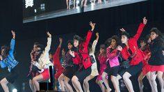 ธรรมดาซะที่ไหน! วัยรุ่นญี่ปุ่นแต่งย้อนยุค 80 เต้นจัดเต็มจนได้โล่