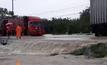 ฝนตกหนักน้ำท่วมถนนเพชรเกษมอีกระลอก