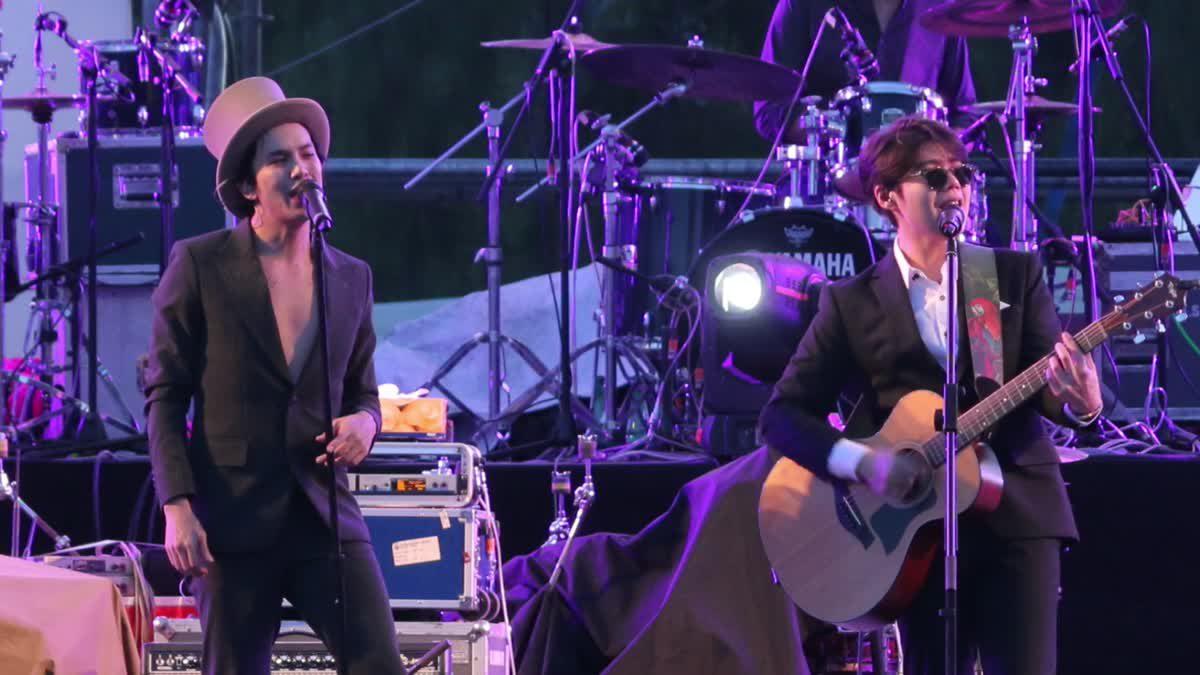 อะตอม-แอมมี่ รวมตัวเฉพาะกิจบนเวที 'Season of Love Song 8'