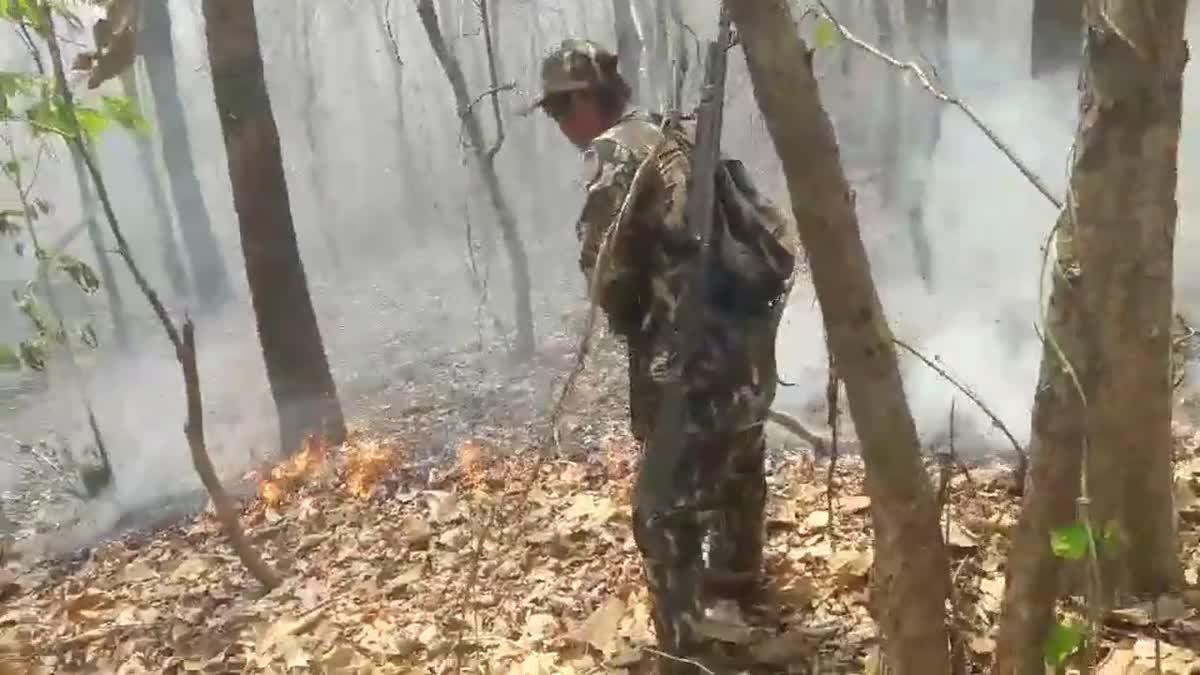 แม่ทัพน้อยที่ 3 รุดดูไฟป่าแม่ฮ่องสอน หลังสถานการณ์รุนแรงมากขึ้น