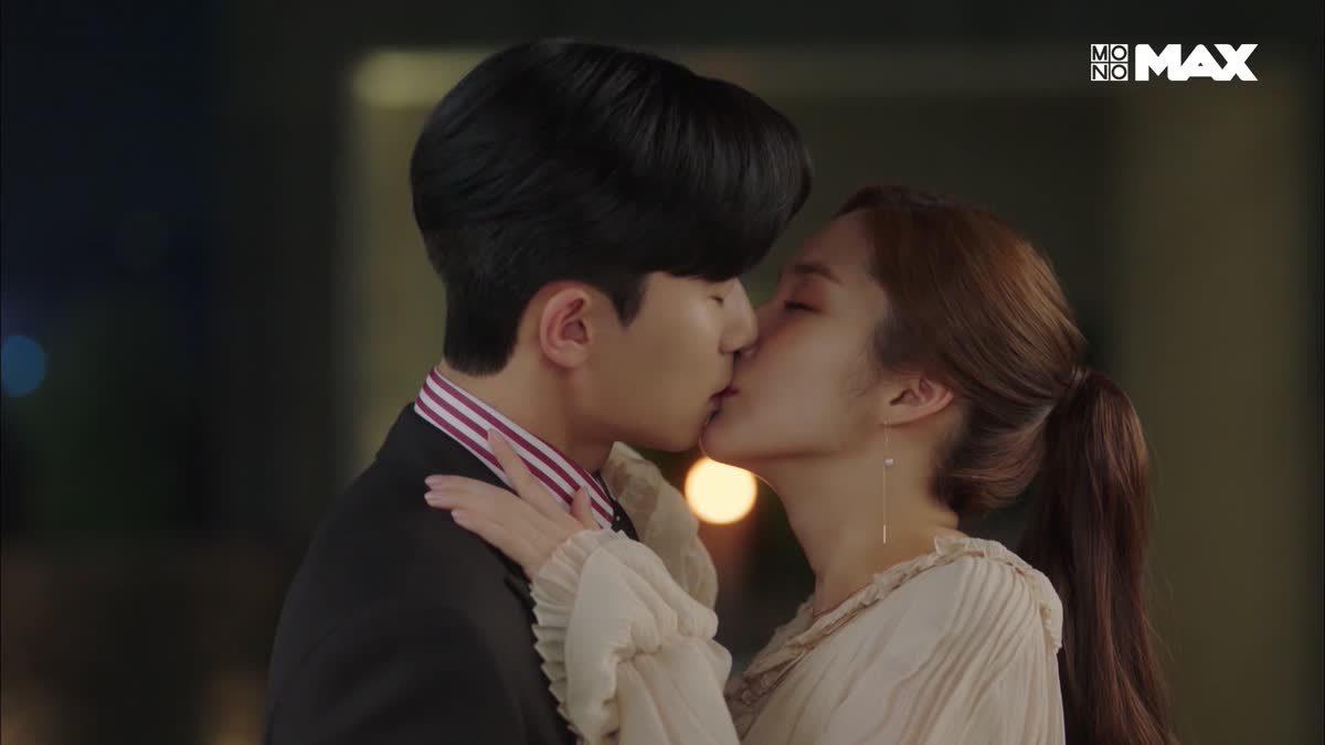 จูบแรกของ พัคซอจุน และ พัคมินยอง | What's Wrong with Secretary Kim เททั้งใจให้เลขาคิม