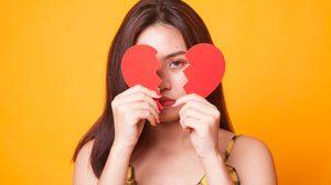 ชีวิตคู่ล้มเหลว ความรักไม่ราบรื่น แก้กรรมได้อย่างไร ?