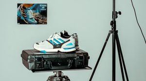 adidas คืนชีพรองเท้าวิ่งระดับตำนานสู่ไลฟ์สไตล์สนีกเกอร์ ประเดิมด้วยโมเดล ZX4000