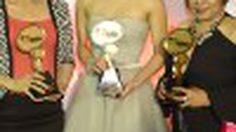 รางวัล ผู้หญิงแห่งปี จากงานประกาศรางวัล MThai Top Talk – About 2014