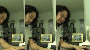 กลั้นไม่อยู่… เสกข์ นักเปียโนทุน บรรเลงเพลงสรรเสริญฯ พร้อมน้ำตา