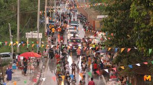 ถนนข้าวโพดชัยนาท คนลดฮวบ หลังผวจ.สั่งห้ามรถยนต์เข้าโซนสาดน้ำ